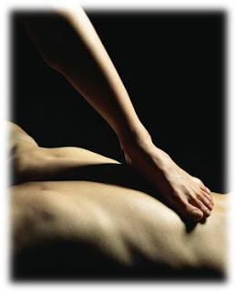 masaje balinés hecho con los pies en Madrid