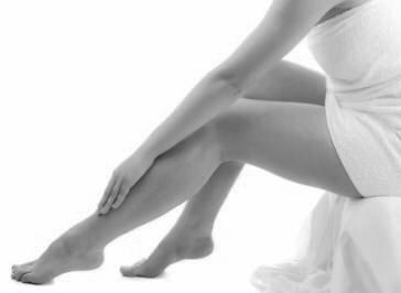 auto masaje en piernas